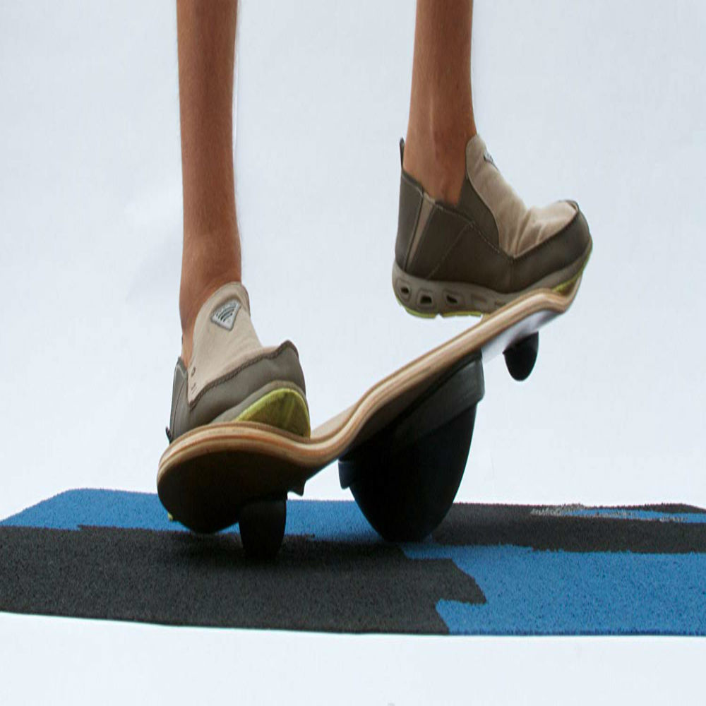 Stellar Spinning Balance Board for street fun and smooth exercise!
