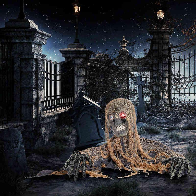 Halloween haunters spooky bones skeleton